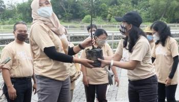 Taman Pintar Yogyakarta Mengawali 2021, Menanam Pohon, Menanam Harapan
